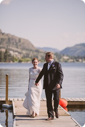 Kaleden-wedding_lake-portraits-rowboat-164_by-Kevin-Trowbridge-photography_Kelowna