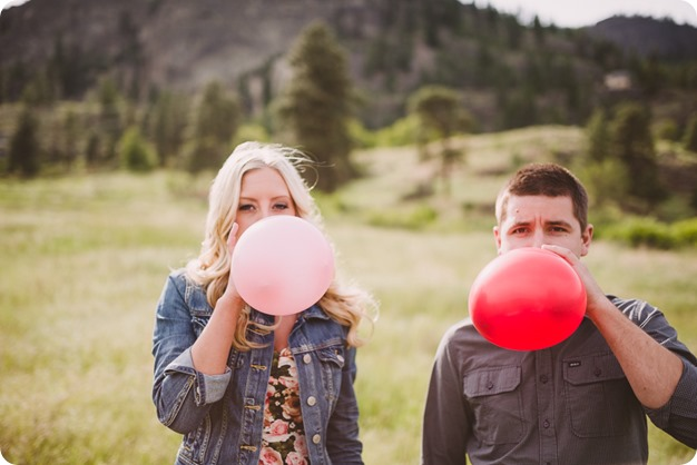 Kelowna-engagement-session_Fields-beach_hearts_Okanagan_01_by-Kevin-Trowbridge