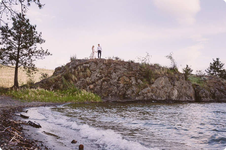 Kelowna-engagement-session_Fields-beach_hearts_Okanagan_161_by-Kevin-Trowbridge