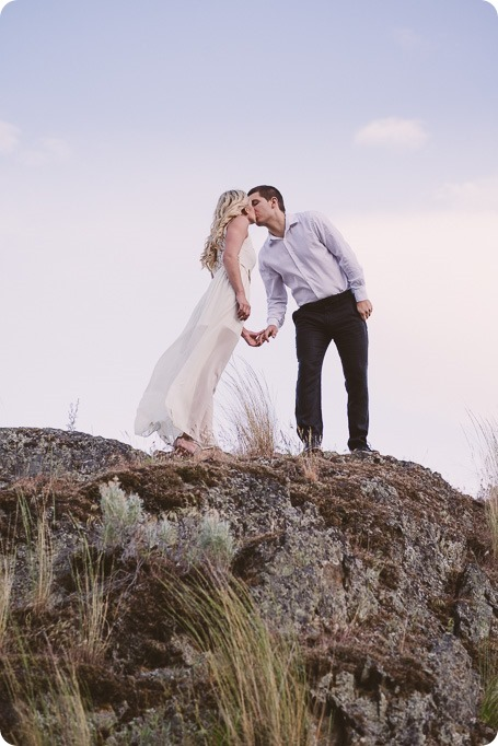 Kelowna-engagement-session_Fields-beach_hearts_Okanagan_165_by-Kevin-Trowbridge