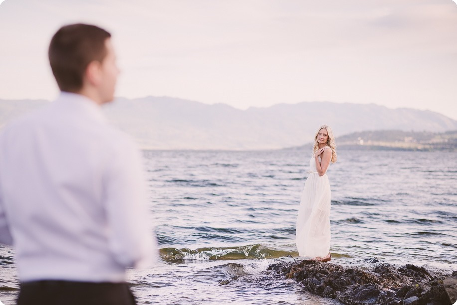 Kelowna-engagement-session_Fields-beach_hearts_Okanagan_205_by-Kevin-Trowbridge
