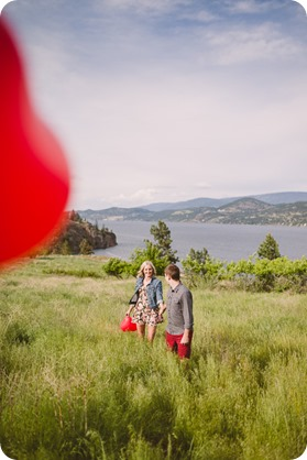 Kelowna-engagement-session_Fields-beach_hearts_Okanagan_41_by-Kevin-Trowbridge