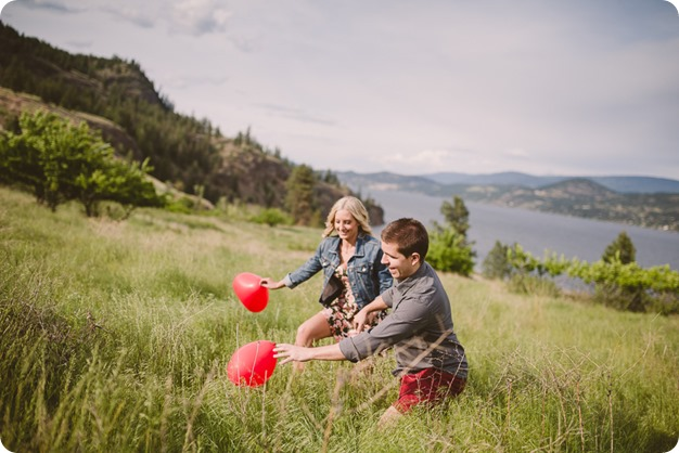 Kelowna-engagement-session_Fields-beach_hearts_Okanagan_43_by-Kevin-Trowbridge
