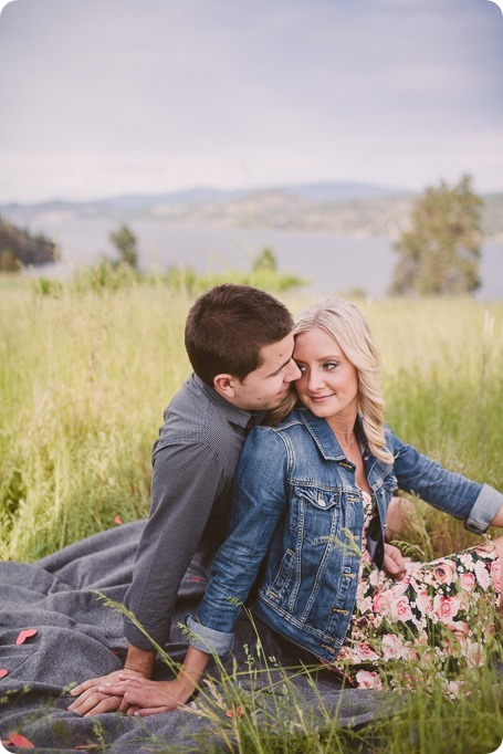 Kelowna-engagement-session_Fields-beach_hearts_Okanagan_59_by-Kevin-Trowbridge