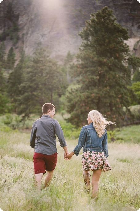 Kelowna-engagement-session_Fields-beach_hearts_Okanagan_83_by-Kevin-Trowbridge