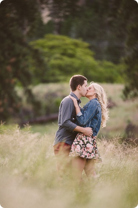 Kelowna-engagement-session_Fields-beach_hearts_Okanagan_93_by-Kevin-Trowbridge