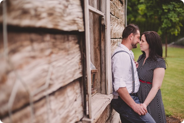 Kelowna-engagement-session_farmhouse_lake-portraits_45_by-Kevin-Trowbridge
