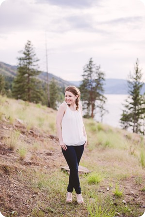 Kelowna-engagement-session_fondue-picnic_Bertram-Beach-Park_sunset_20_by-Kevin-Trowbridge