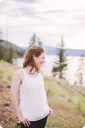 Kelowna-engagement-session_fondue-picnic_Bertram-Beach-Park_sunset_21_by-Kevin-Trowbridge