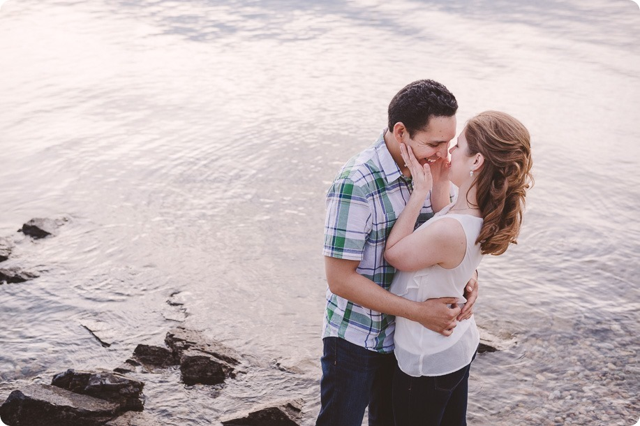 Kelowna-engagement-session_fondue-picnic_Bertram-Beach-Park_sunset_69_by-Kevin-Trowbridge