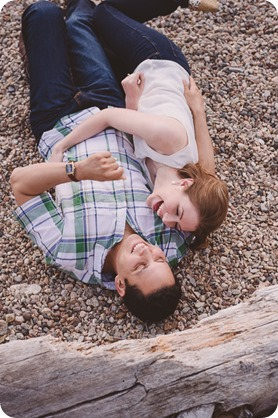 Kelowna-engagement-session_fondue-picnic_Bertram-Beach-Park_sunset_74_by-Kevin-Trowbridge