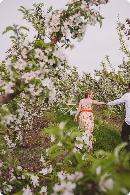 Kelowna-engagement-session_orchard-blossom_croquet-portraits_vintage-floral-dress_10_by-Kevin-Trowbridge