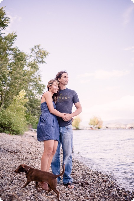 kelowna-engagement-session_lake-portraits_guitars09_by-Kevin-Trowbridge
