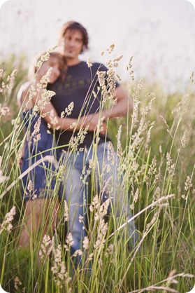 kelowna-engagement-session_lake-portraits_guitars38_by-Kevin-Trowbridge