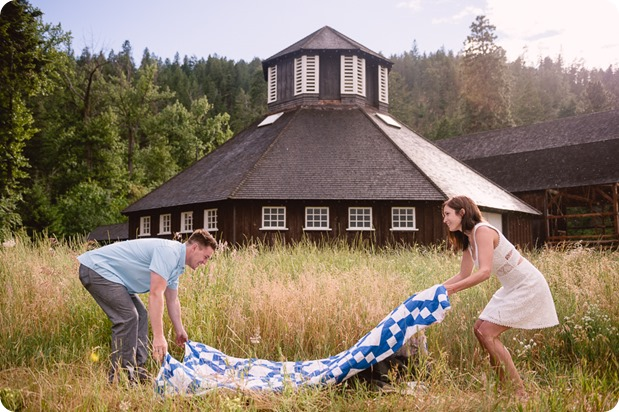 Fintry-engagement-session_Okanagan-beach-portraits_barn-wedding_109_by-Kevin-Trowbridge-photography_Kelowna