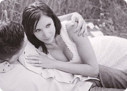 Fintry-engagement-session_Okanagan-beach-portraits_barn-wedding_114_by-Kevin-Trowbridge-photography_Kelowna