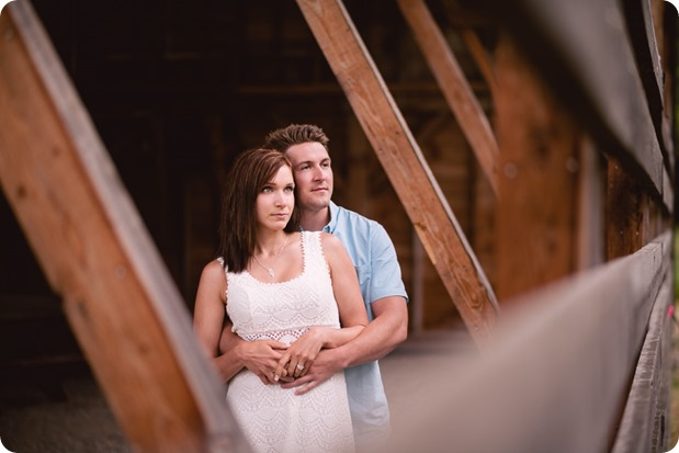 Fintry-engagement-session_Okanagan-beach-portraits_barn-wedding_23_by-Kevin-Trowbridge-photography_Kelowna