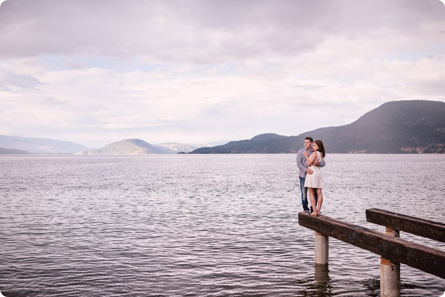 Fintry-engagement-session_Okanagan-beach-portraits_barn-wedding_267_by-Kevin-Trowbridge-photography_Kelowna