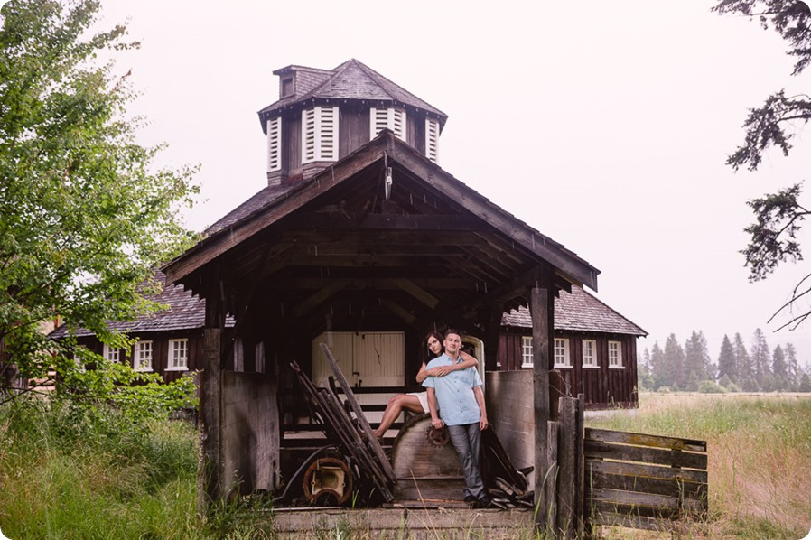 Fintry-engagement-session_Okanagan-beach-portraits_barn-wedding_59_by-Kevin-Trowbridge-photography_Kelowna