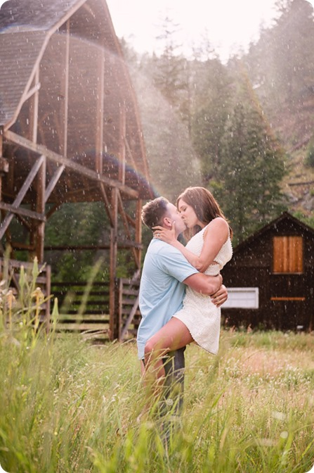 Fintry-engagement-session_Okanagan-beach-portraits_barn-wedding_89_by-Kevin-Trowbridge-photography_Kelowna