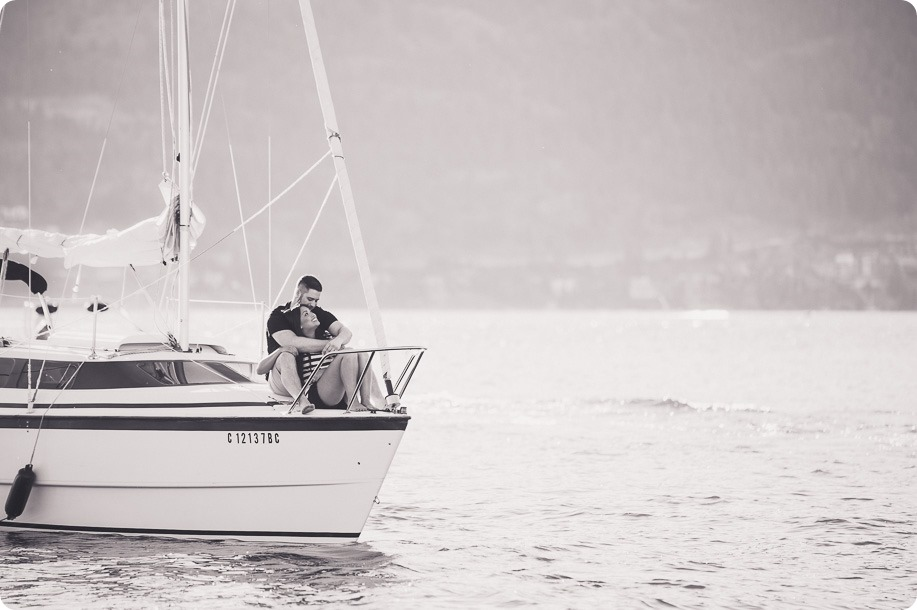 Kelowna-engagement-session_nautical-boat-portraits-Okanagan-Lake-sailing-sunset_43199_by-Kevin-Trowbridge-photography_Kelowna-2