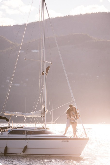 Kelowna-engagement-session_nautical-boat-portraits-Okanagan-Lake-sailing-sunset_43214_by-Kevin-Trowbridge-photography_Kelowna