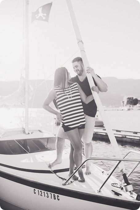 Kelowna-engagement-session_nautical-boat-portraits-Okanagan-Lake-sailing-sunset_83239_by-Kevin-Trowbridge-photography_Kelowna-2