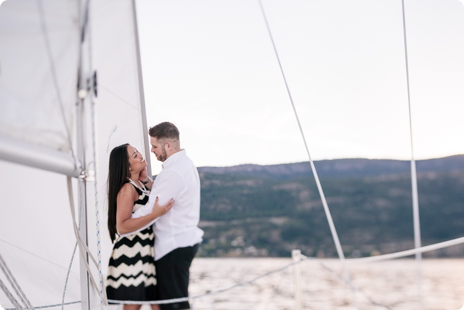 Kelowna-engagement-session_nautical-boat-portraits-Okanagan-Lake-sailing-sunset_83539_by-Kevin-Trowbridge-photography_Kelowna