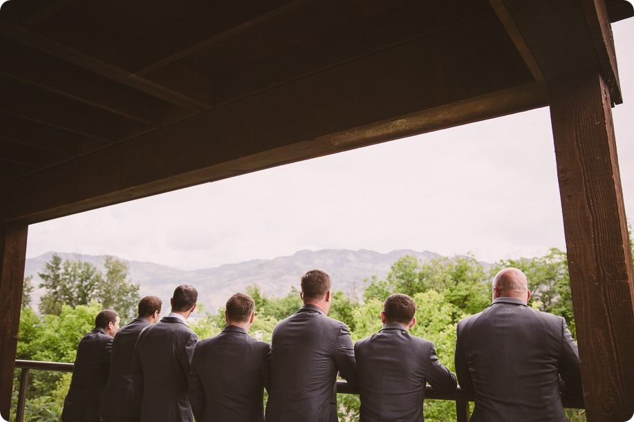 Kelowna-wedding-photographer_The-Cove-Lakeside-Resort_Gellatly-Nut-Farm_sparkler-exit__4397_by-Kevin-Trowbridge