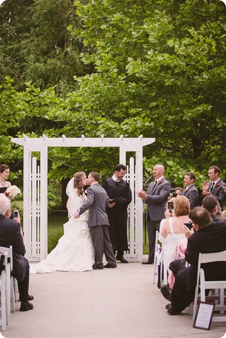 Kelowna-wedding-photographer_The-Cove-Lakeside-Resort_Gellatly-Nut-Farm_sparkler-exit__4587_by-Kevin-Trowbridge