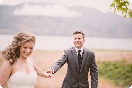 Kelowna-wedding-photographer_The-Cove-Lakeside-Resort_Gellatly-Nut-Farm_sparkler-exit__86813_by-Kevin-Trowbridge