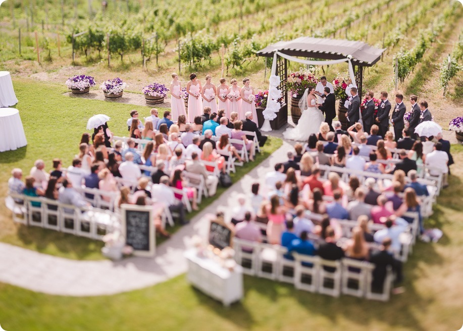 Summerhill-Winery-wedding_helicopter-Knox-Mountain_vintage-decor__162911_by-Kevin-Trowbridge