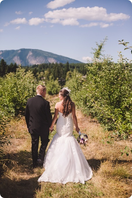 Enderby-wedding_orchard-bridge-sparklers_Okanagan_162617_by-Kevin-Trowbridge