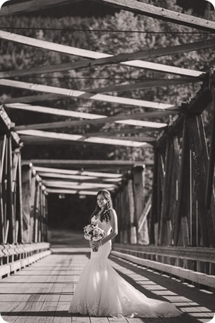 Enderby-wedding_orchard-bridge-sparklers_Okanagan_181648_by-Kevin-Trowbridge-2