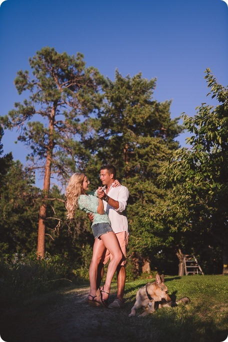 Kelowna-wedding-photographer_Cherry-orchard-engagement_dog-sunset-champagne_195124_by-Kevin-Trowbridge