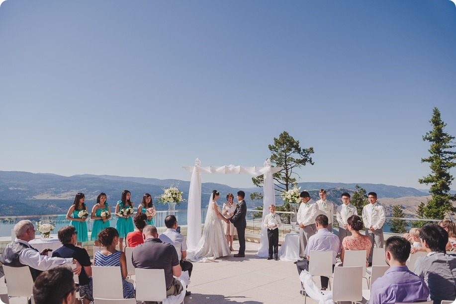 Sparkling-Hill-Resort-wedding_Chinese-Tea-Ceremony_Kalamalka-Lake-portraits_Okanagan-wedding-photographer-Kelowna-Vernon_161846_by-Kevin-Trowbridge
