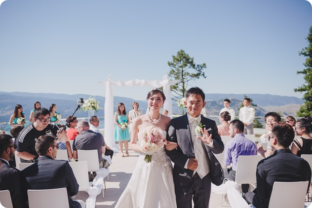 Sparkling-Hill-Resort-wedding_Chinese-Tea-Ceremony_Kalamalka-Lake-portraits_Okanagan-wedding-photographer-Kelowna-Vernon_163627_by-Kevin-Trowbridge