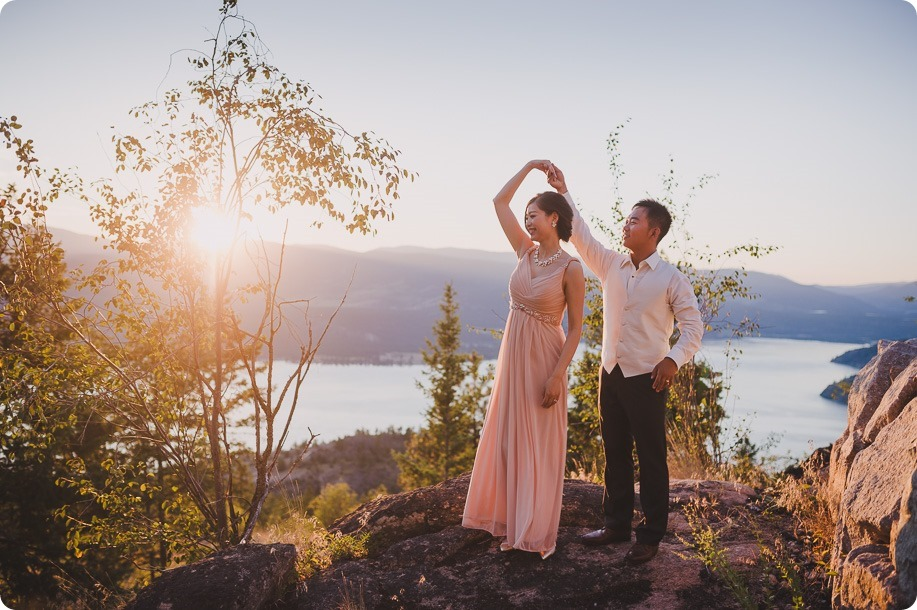 Sparkling-Hill-Resort-wedding_Chinese-Tea-Ceremony_Kalamalka-Lake-portraits_Okanagan-wedding-photographer-Kelowna-Vernon_203532_by-Kevin-Trowbridge