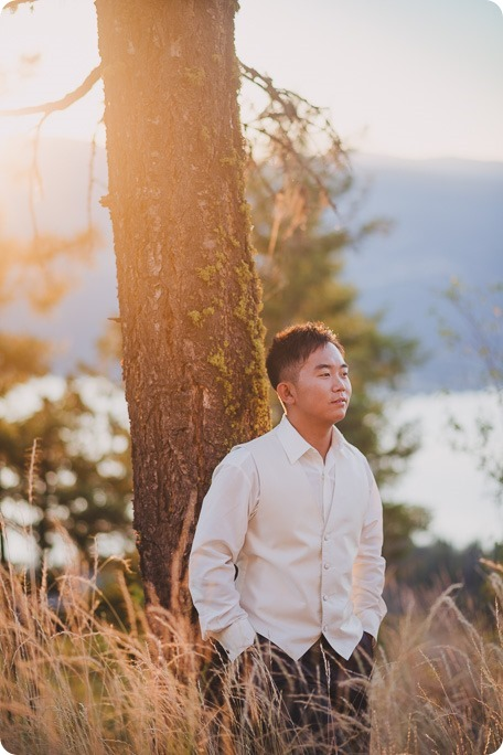 Sparkling-Hill-Resort-wedding_Chinese-Tea-Ceremony_Kalamalka-Lake-portraits_Okanagan-wedding-photographer-Kelowna-Vernon_203834_by-Kevin-Trowbridge