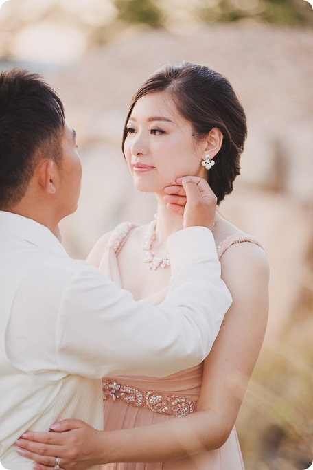 Sparkling-Hill-Resort-wedding_Chinese-Tea-Ceremony_Kalamalka-Lake-portraits_Okanagan-wedding-photographer-Kelowna-Vernon_204138_by-Kevin-Trowbridge