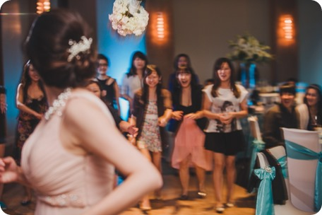 Sparkling-Hill-Resort-wedding_Chinese-Tea-Ceremony_Kalamalka-Lake-portraits_Okanagan-wedding-photographer-Kelowna-Vernon_211238_by-Kevin-Trowbridge