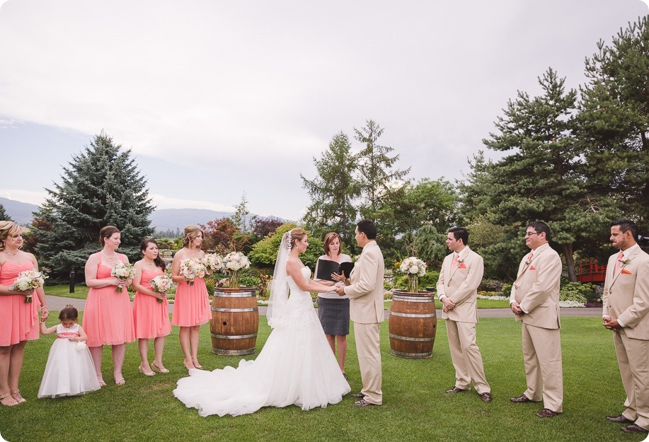 Harvest-Golf-Club-wedding_orchard-classic-car_Kelowna-photographer__152900_by-Kevin-Trowbridge