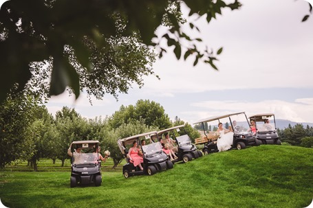 Harvest-Golf-Club-wedding_orchard-classic-car_Kelowna-photographer__162612_by-Kevin-Trowbridge