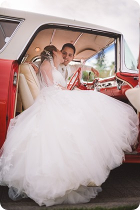 Harvest-Golf-Club-wedding_orchard-classic-car_Kelowna-photographer__173447_by-Kevin-Trowbridge