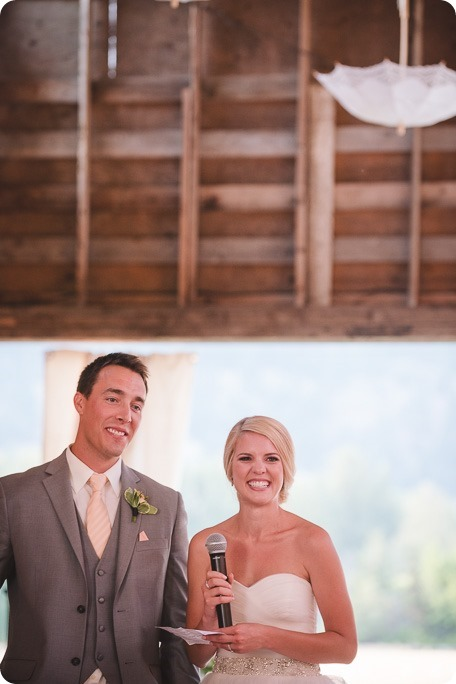 Vernon-Barn-wedding_Silver-Sage-Stables_vintage-decor_Kalamalka-lake-farm_Okanagan-photographer__by-Kevin-Trowbridge-photography_Kelowna_194152