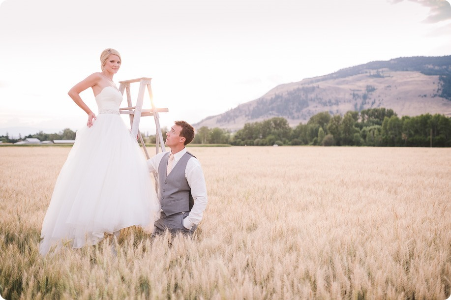 Vernon-Barn-wedding_Silver-Sage-Stables_vintage-decor_Kalamalka-lake-farm_Okanagan-photographer__by-Kevin-Trowbridge-photography_Kelowna_195859