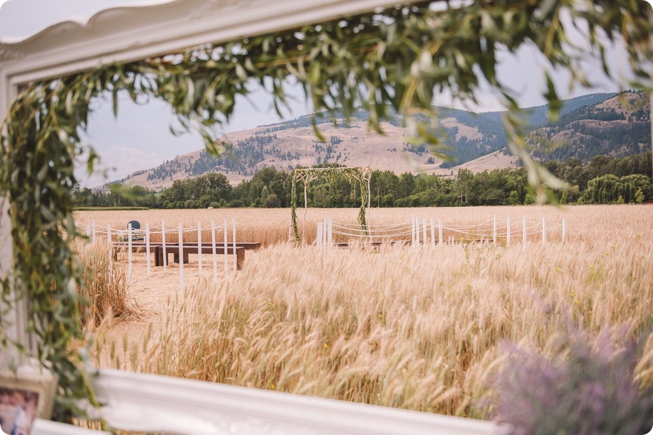Vernon-Barn-wedding_Silver-Sage-Stables_vintage-decor_Kalamalka-lake-farm_Okanagan-photographer__by-Kevin-Trowbridge-photography_Kelowna_151036