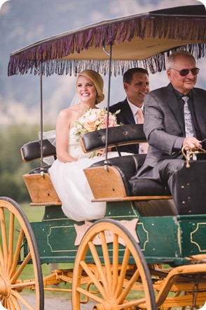 Vernon-Barn-wedding_Silver-Sage-Stables_vintage-decor_Kalamalka-lake-farm_Okanagan-photographer__by-Kevin-Trowbridge-photography_Kelowna_151753