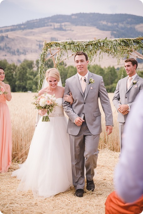 Vernon-Barn-wedding_Silver-Sage-Stables_vintage-decor_Kalamalka-lake-farm_Okanagan-photographer__by-Kevin-Trowbridge-photography_Kelowna_155006