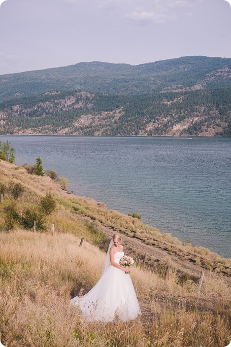 Vernon-Barn-wedding_Silver-Sage-Stables_vintage-decor_Kalamalka-lake-farm_Okanagan-photographer__by-Kevin-Trowbridge-photography_Kelowna_175304